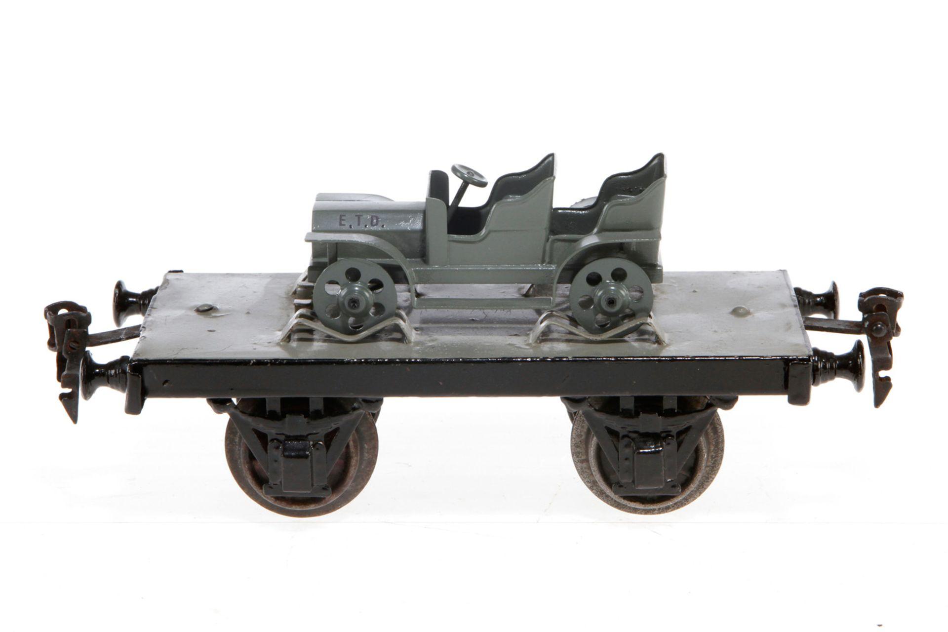Märklin Militär-Plattformwagen, S 1, uralt, HL, mit Nordmann Fahrzeug, LS und gealterter Lack, L 18,