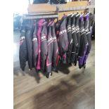 manteau hiver femme de modele FXR, ALPINE STAR, & SCOTT, grandeurs: 1 gr4, 2 gr6, 5 gr8, 5 gr10m 4