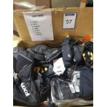 gants d`hiver modeles variers, grandeurs: 5 xsmall, 22 small, 16 medium, 8 larges, 2 xlarge, 4