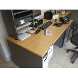 Lot : table en stratifié avec filière latérale 2 tiroirs, cabinet 2 tiroirs, 1 fauteuil - SEULEMENT
