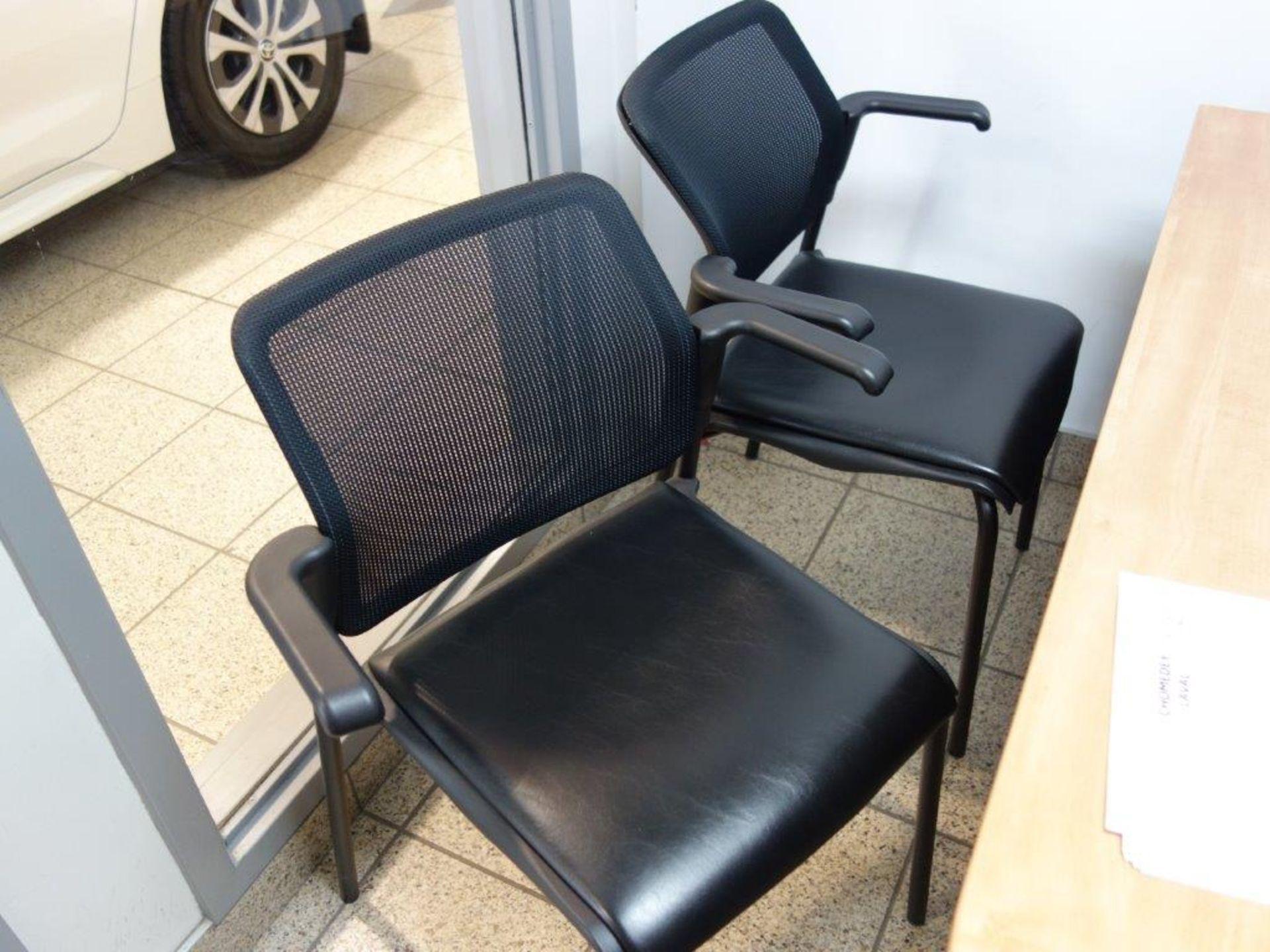 Lot : poste de travail avec retour, cabinet 2 tiroirs, 2 fauteuils - SEULEMENT - Image 3 of 3