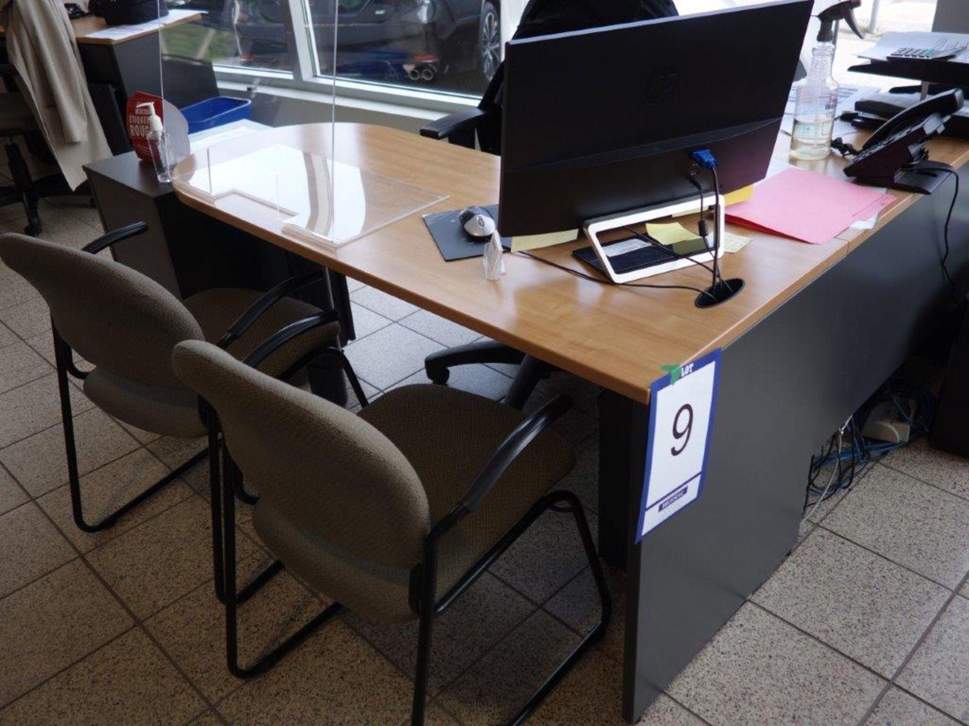 Lot : poste de travail avec retour, 3 fauteuils, cabinet - SEULEMENT