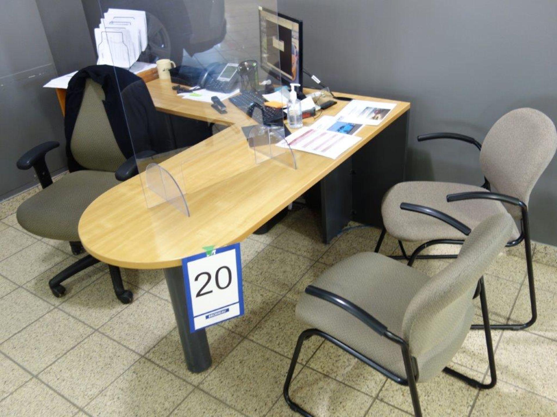 Lot : poste de travail avec retour, 3 fauteuils, petite étagère, cabinet 2 tiroirs - SEULEMENT