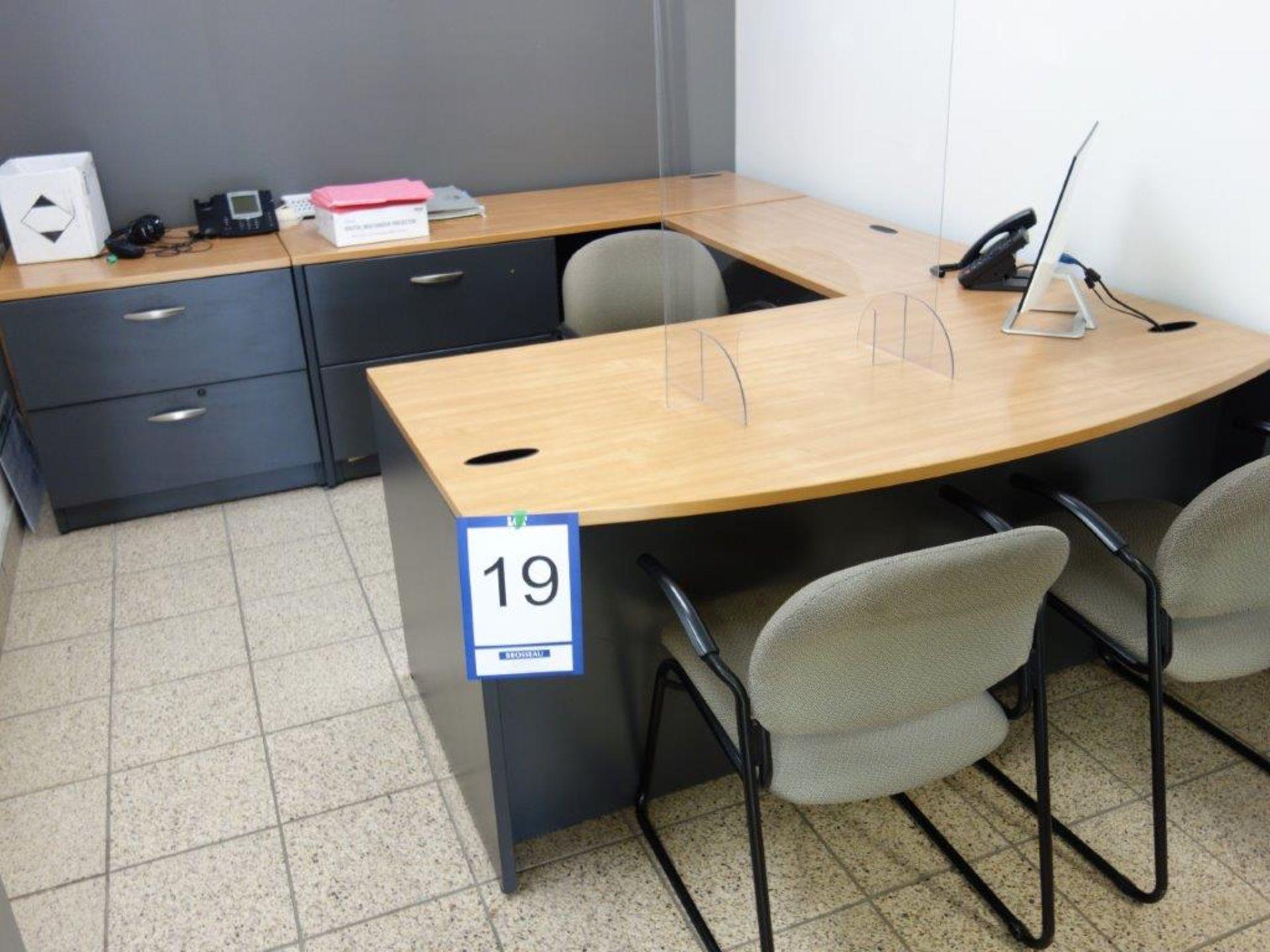 Lot : poste de travail avec retour, 2 filières latérales 2 tiroirs, 3 fauteuils - SEULEMENT