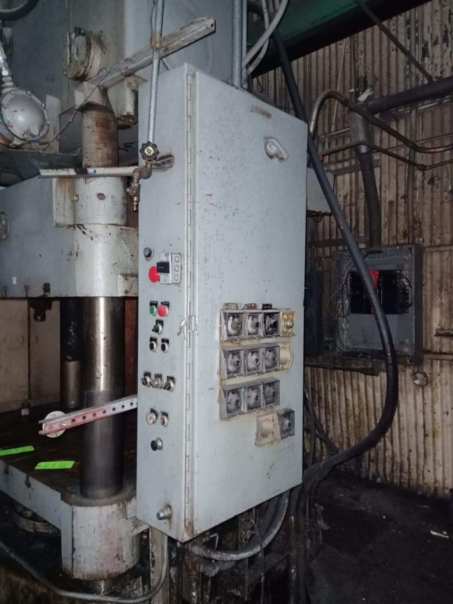 Lawson 600T 4-Post compression molding Press - Image 5 of 6