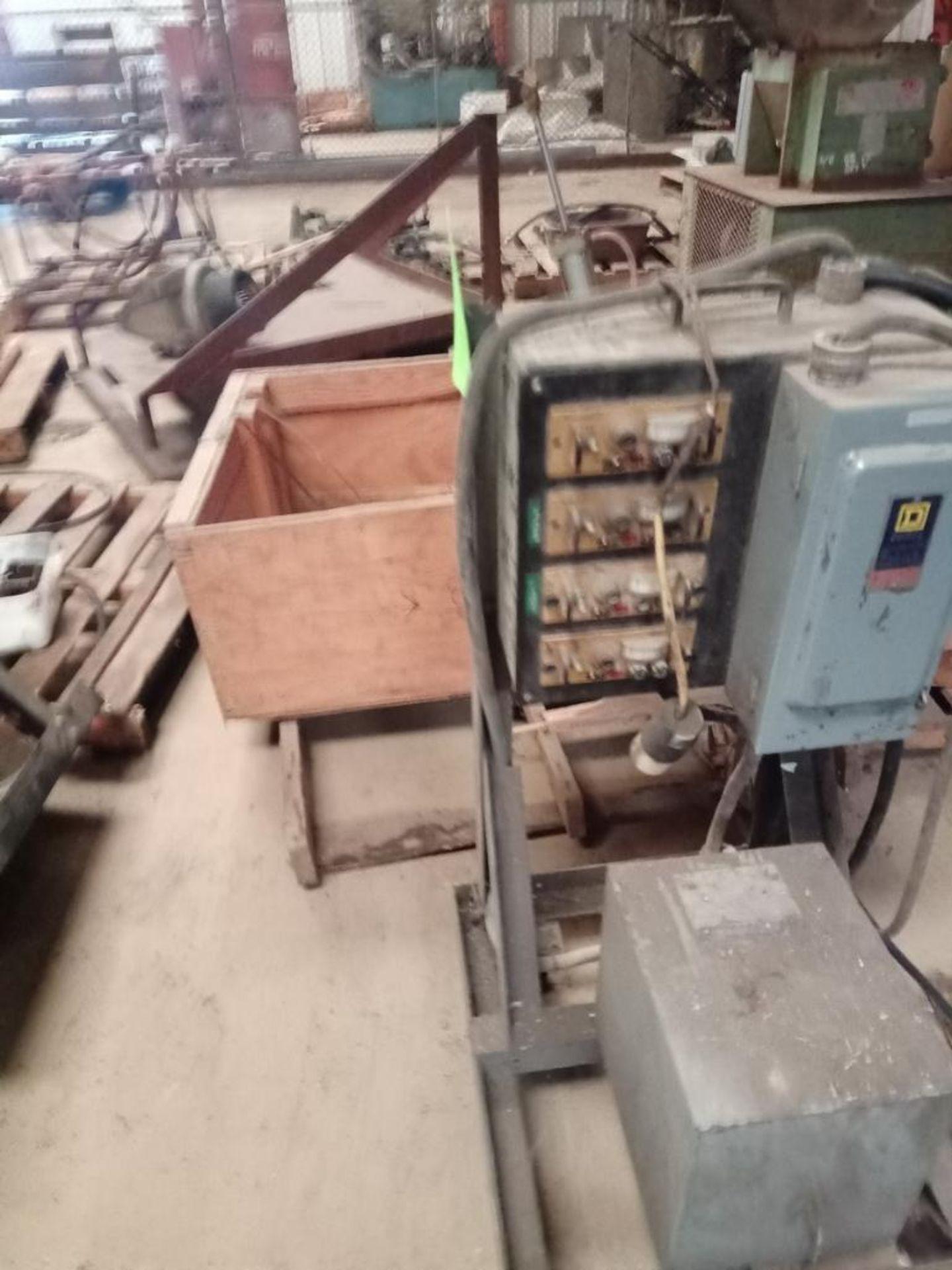 Lot 118 - EMI Temperature Coontrol Unit