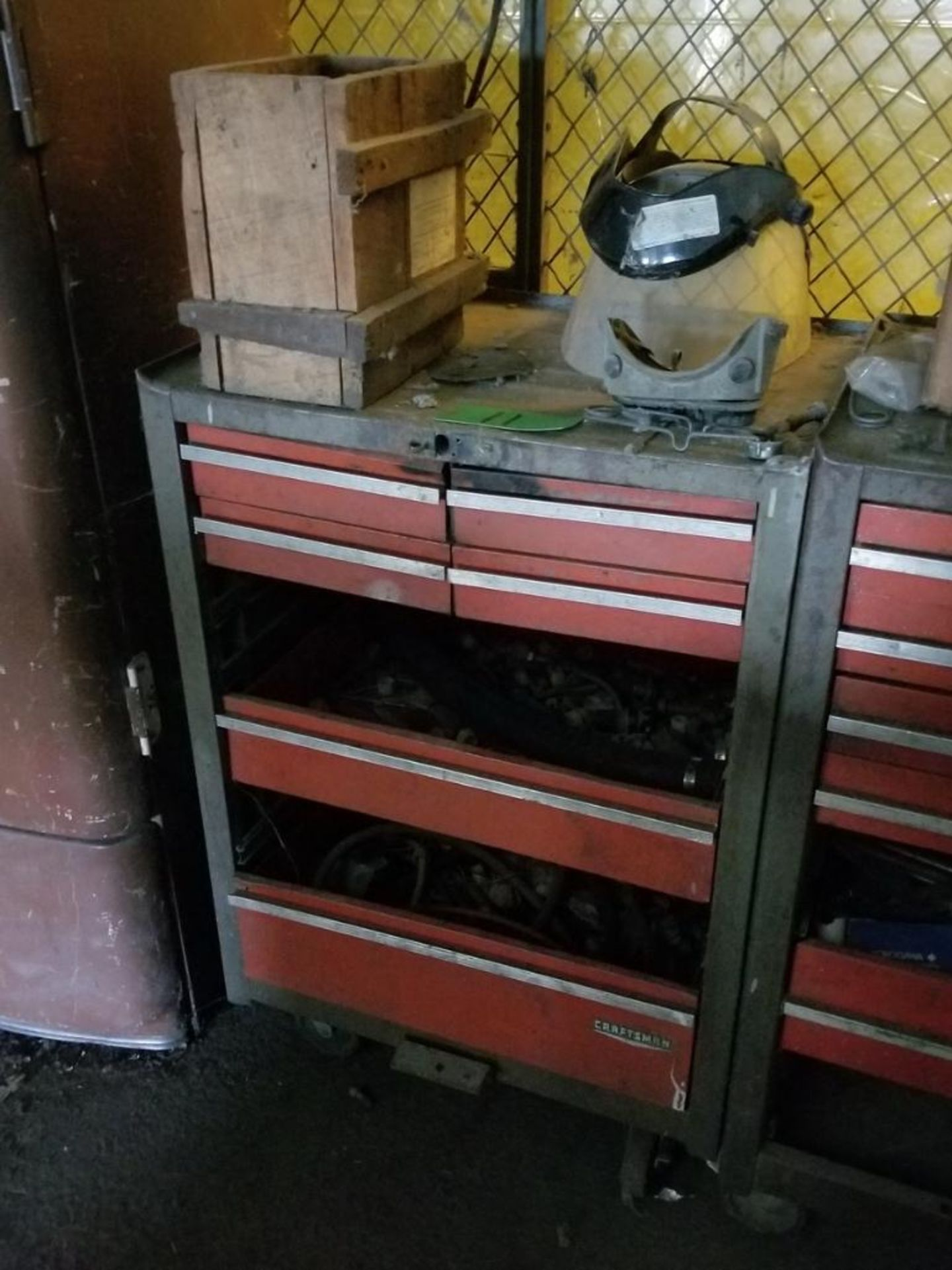 Lot 11 - 6-Drawer Toolbox
