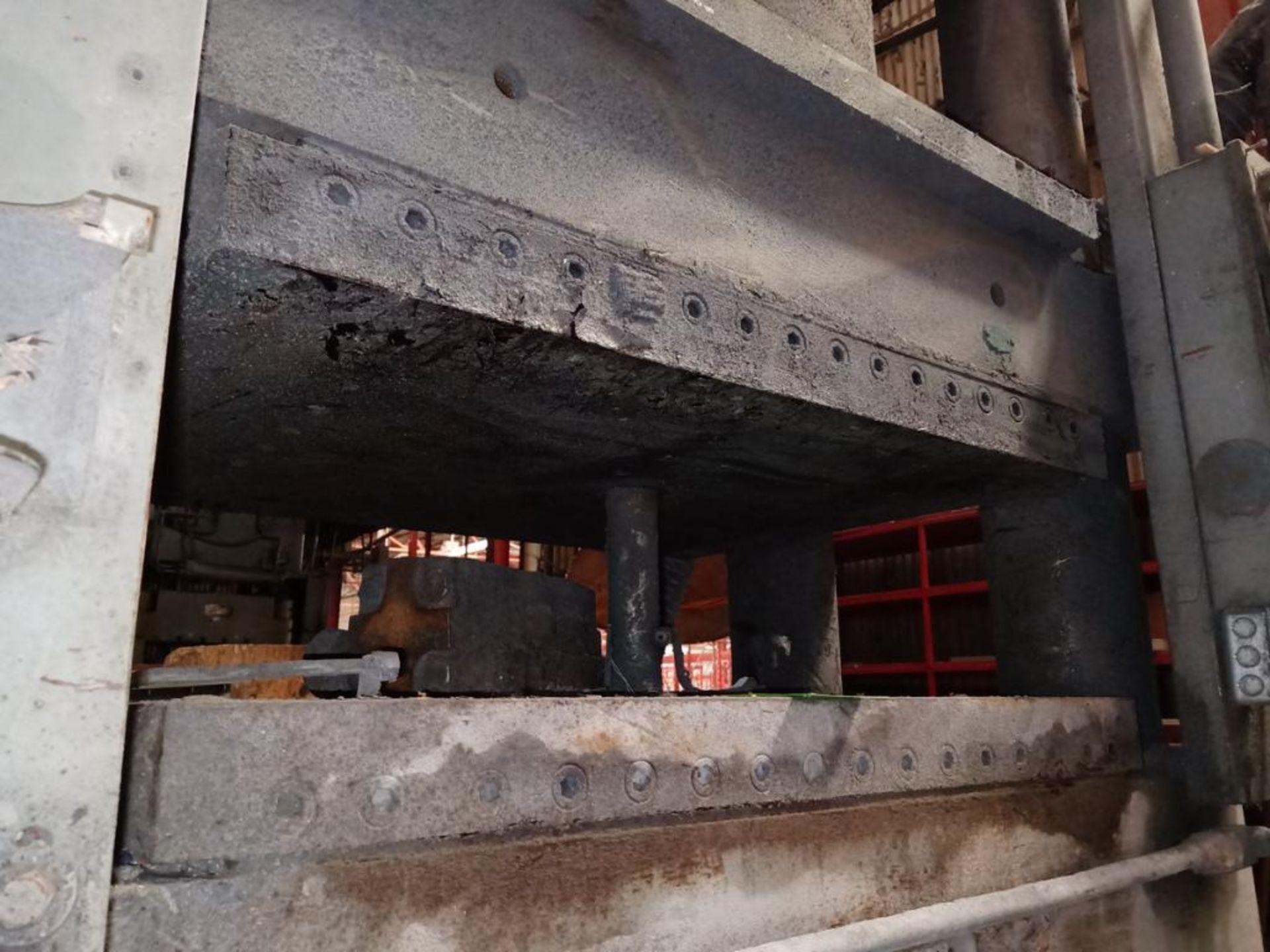 HPM 500T 4-Post Compression Molding Press - Image 2 of 5