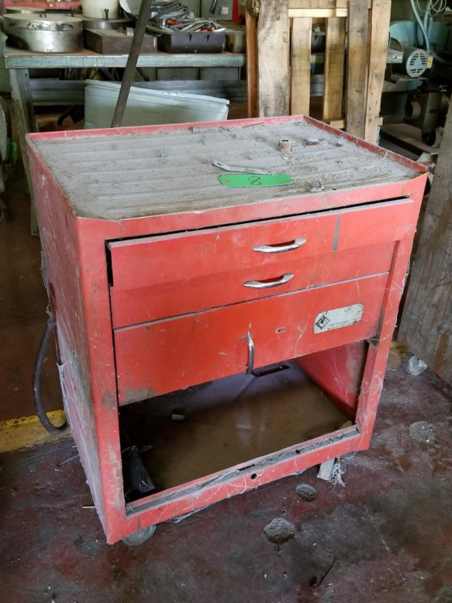 Lot 8 - 3-Drawer Toolbox