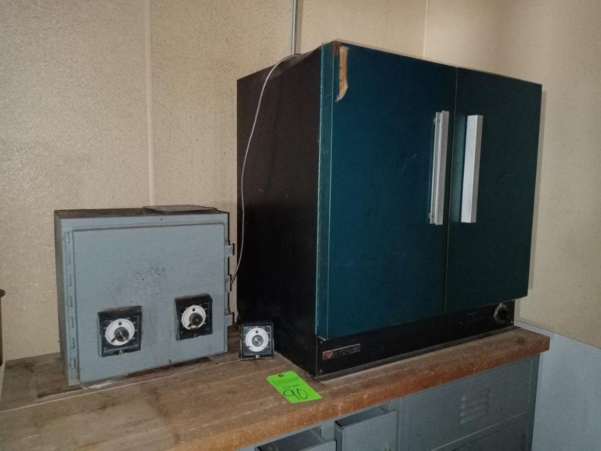 Lot 90 - Despatch Laboratory Oven