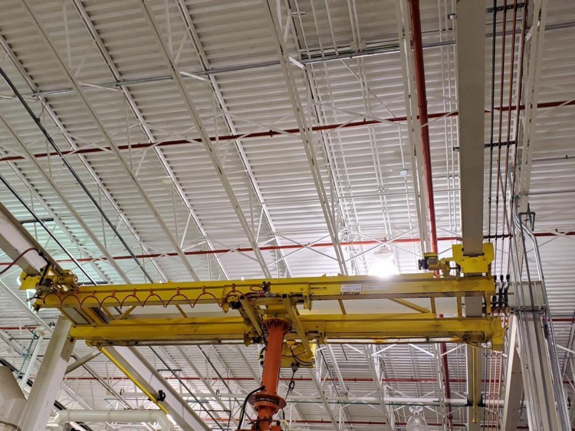 Lot 33 - T&M Equipment Co. Crane