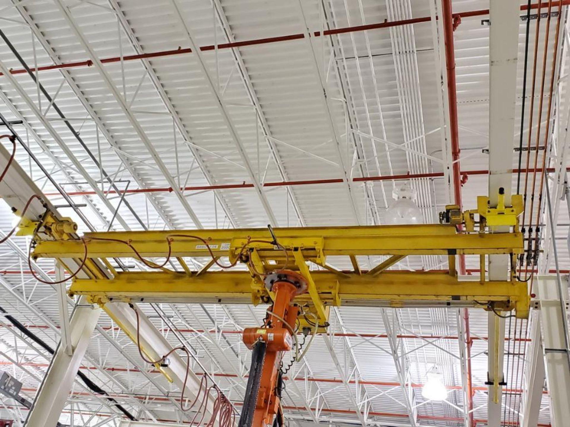 Lot 34 - T&M Equipment Co. Crane