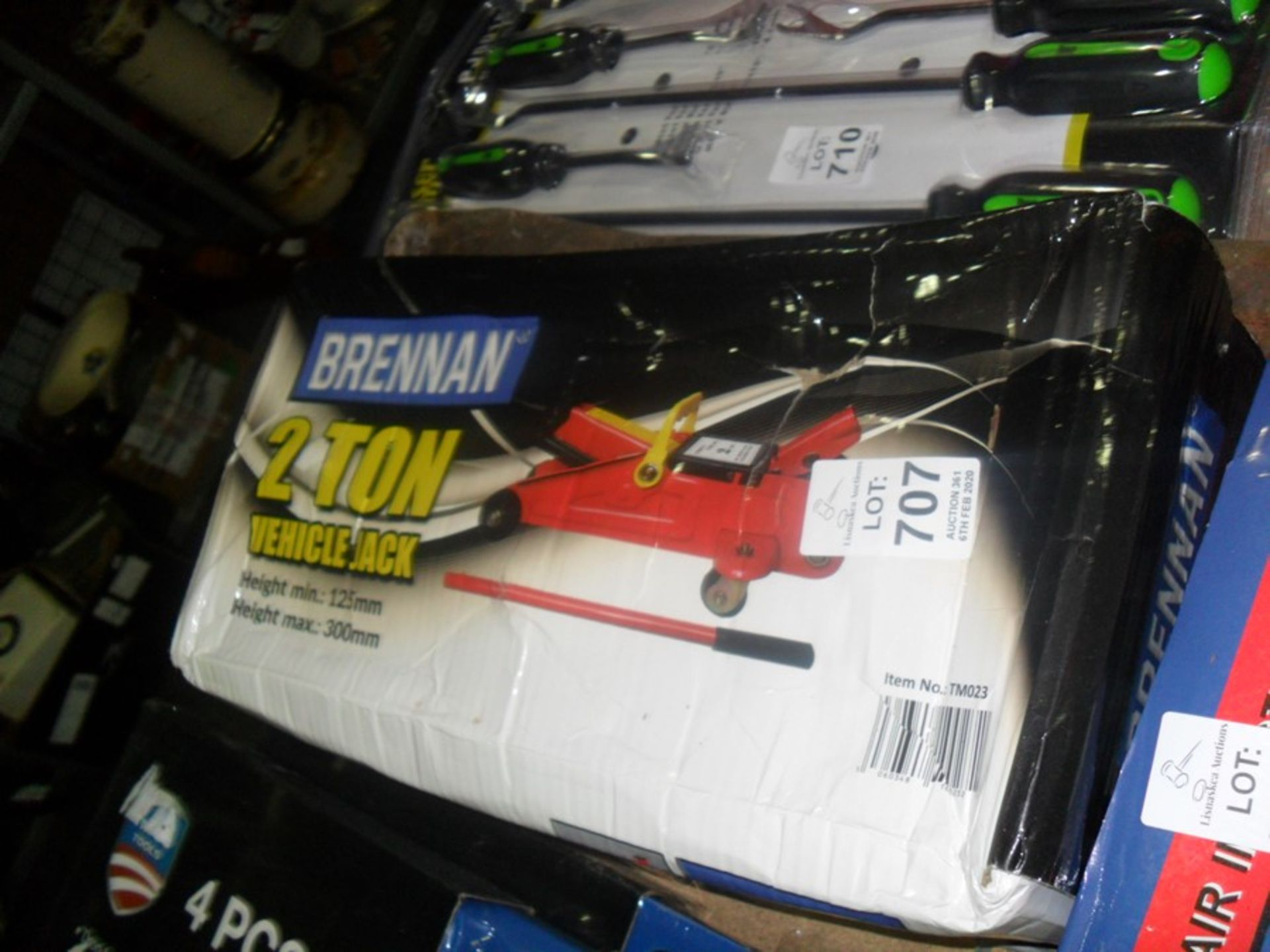 Lot 707 - 2 TON TROLLEY JACK NEW IN BOX