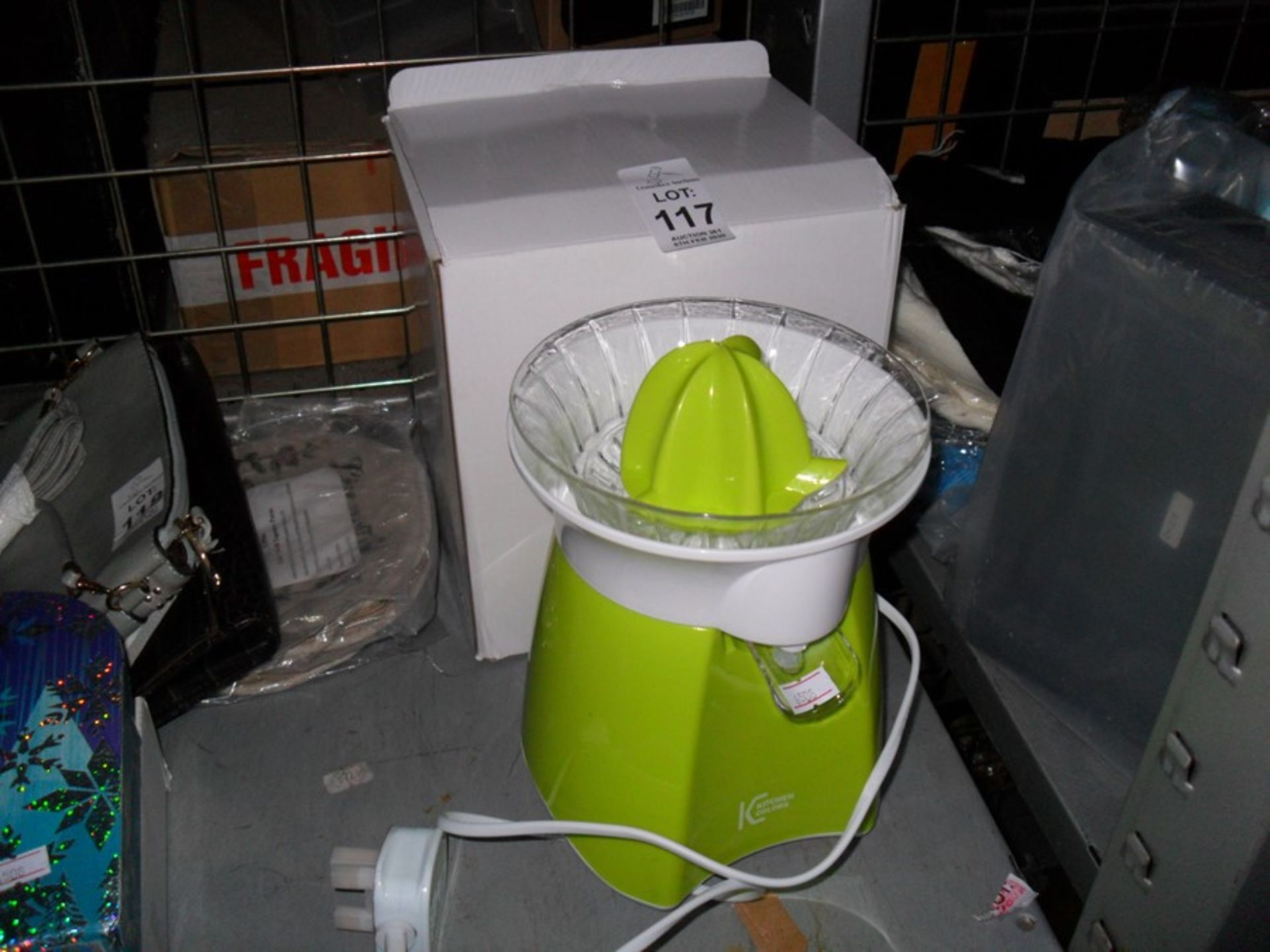 Lot 117 - KITCHEN JUICER