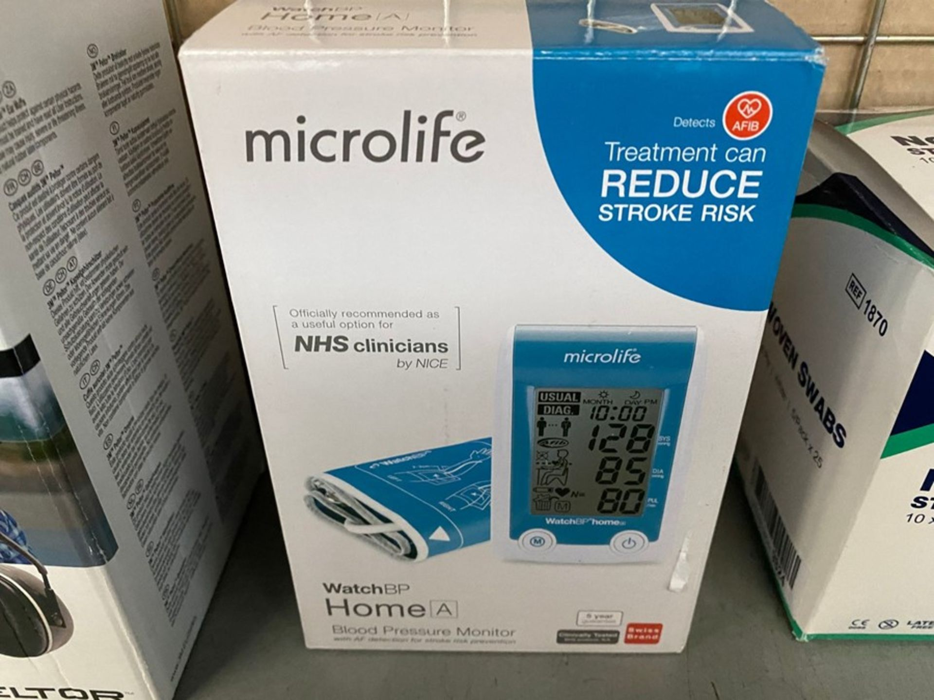 Lot 213 - MICROLIFE WATCH BP HOME BLOOD PRESSURE MONITOR