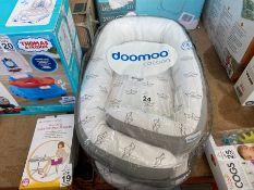 DOOMOO BABY COCOON IN PACKING