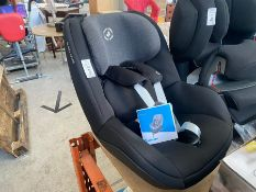 MAXI COSY CHILDS CAR SEAT