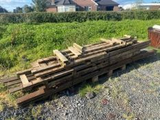 BUNDLE OF ASSORTED LENGTHS OF TIMBER
