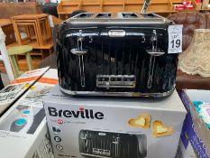 BREVILLE 4 SLICE TOASTER (WORKING)