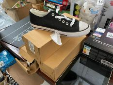 3 PAIRS OF CONVERSE STYLE SHOES