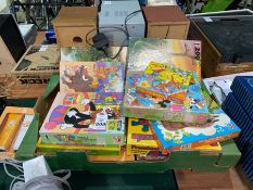 JOB LOT OF TOYS AND PUZZLES