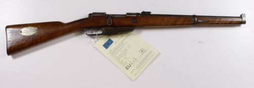 "Carbine: a rare and interesting Imperial German M1888 Mauser Carbine, 7.92mm Cal. Barrel 18"". Breech"