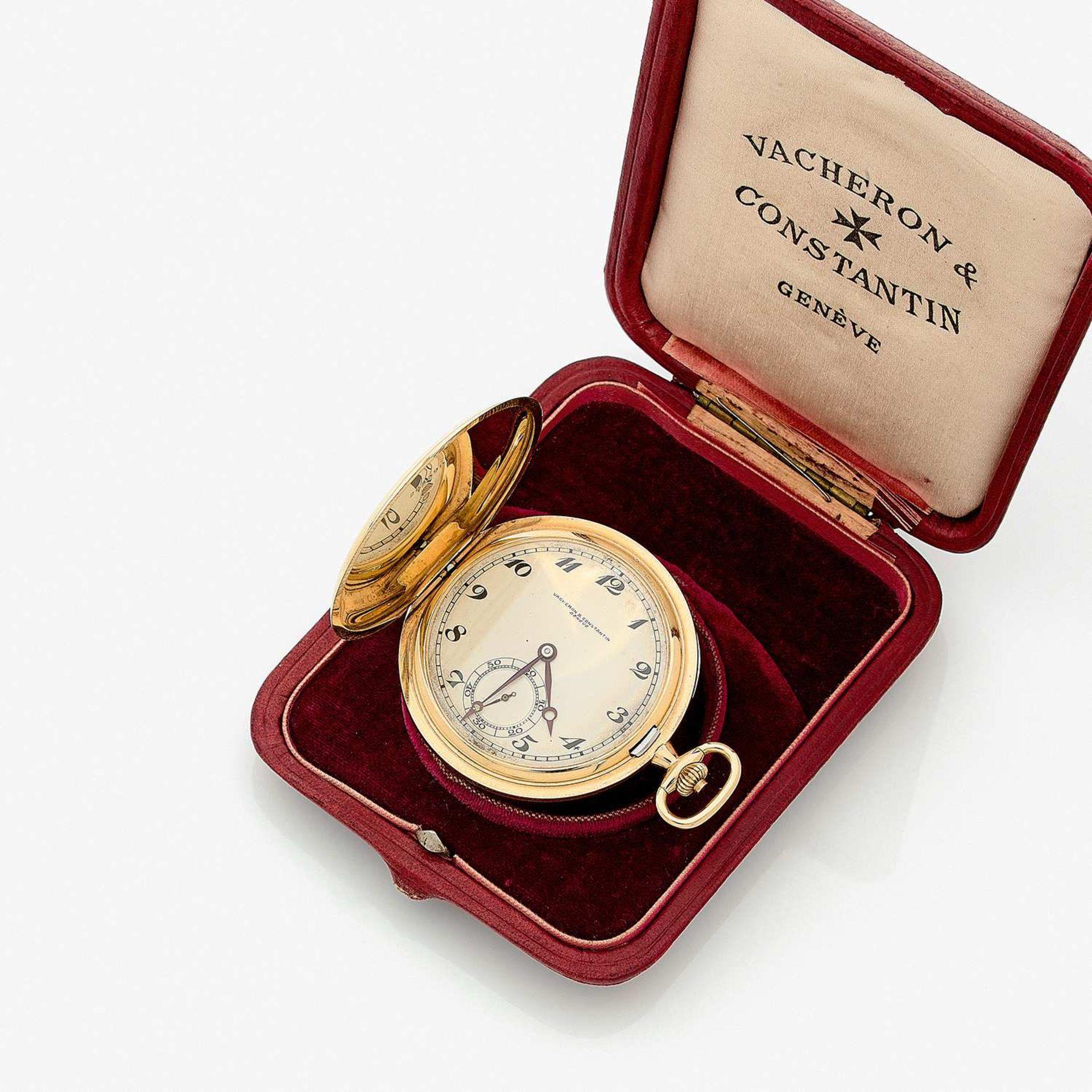 VACHERON CONSTANTIN VERS 1932 Belle montre de poche savonnette plate en or jaune 18k. BOÎTIER :