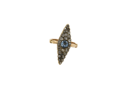An early 20th century 14K gold ring. Approx: 4 gr.