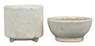 Chinese 17th / 18th Century Cream-Glazed Bowl & Jar