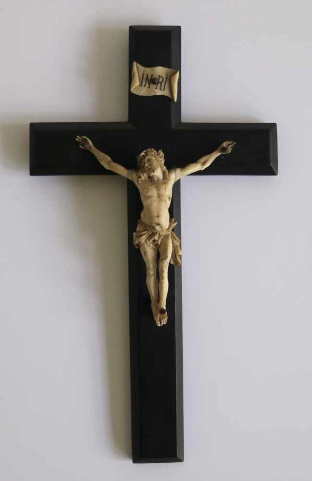Corpus Christi ivory verso plaque R. Middegaels Bruxelles H 25 B 14 cm (H corpus christi 10 cm)