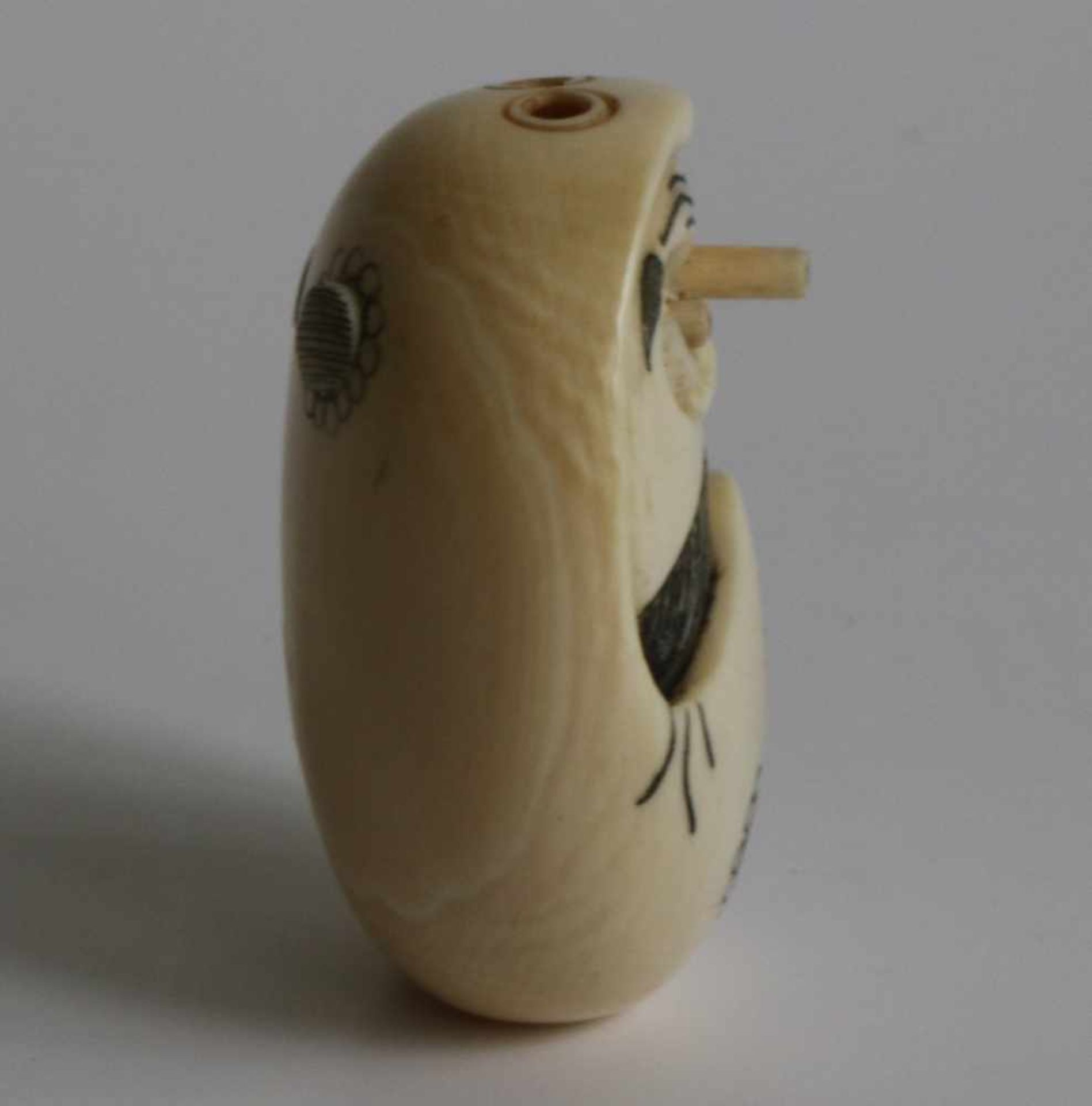 Los 486 - Netsuke Ivory Daruma depicting Daruma with popping eyes Japan TAISHO period L 4 cm small damage to