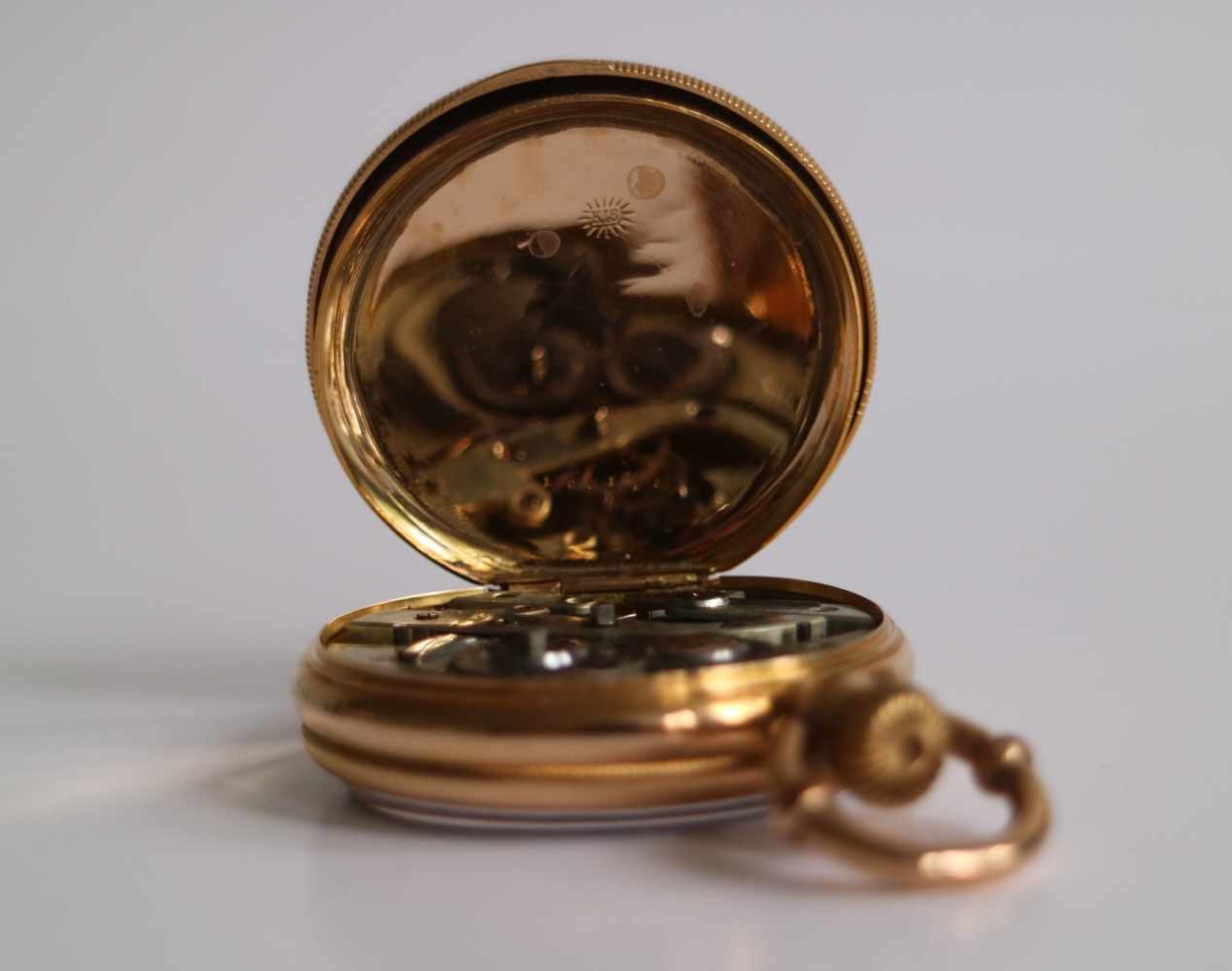 Los 535 - Gold pocket watch Pateck Numbered 18K, circa 1880 dia 4,5 H 6,5 cm