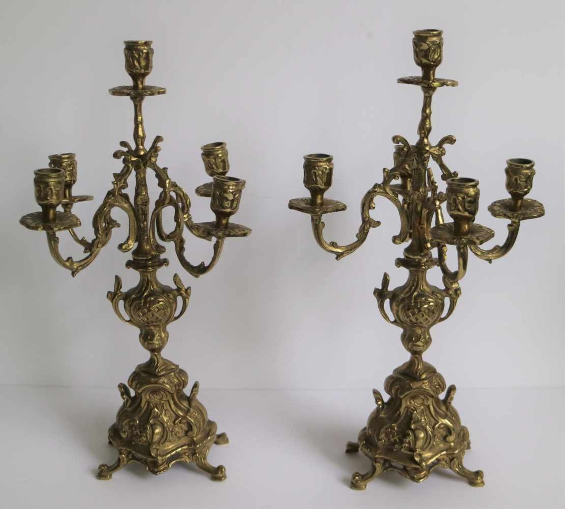 Los 382 - Bronze clock with 2 candlesticks Germany H 43,5 cm