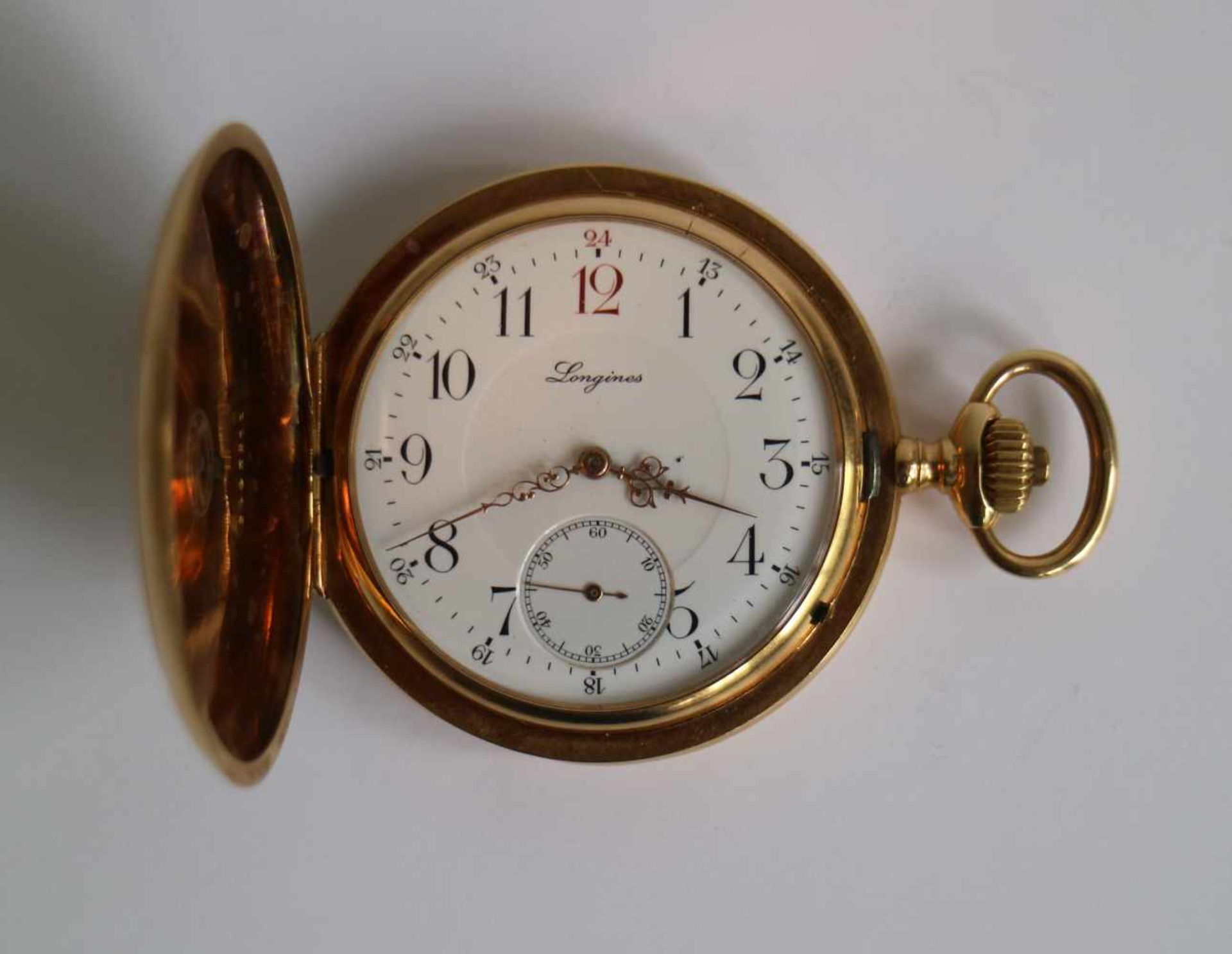 Los 536 - Gold pocket watch Longines Numbered 18K, circa 1900 dia 5 cm H 6,8 cm
