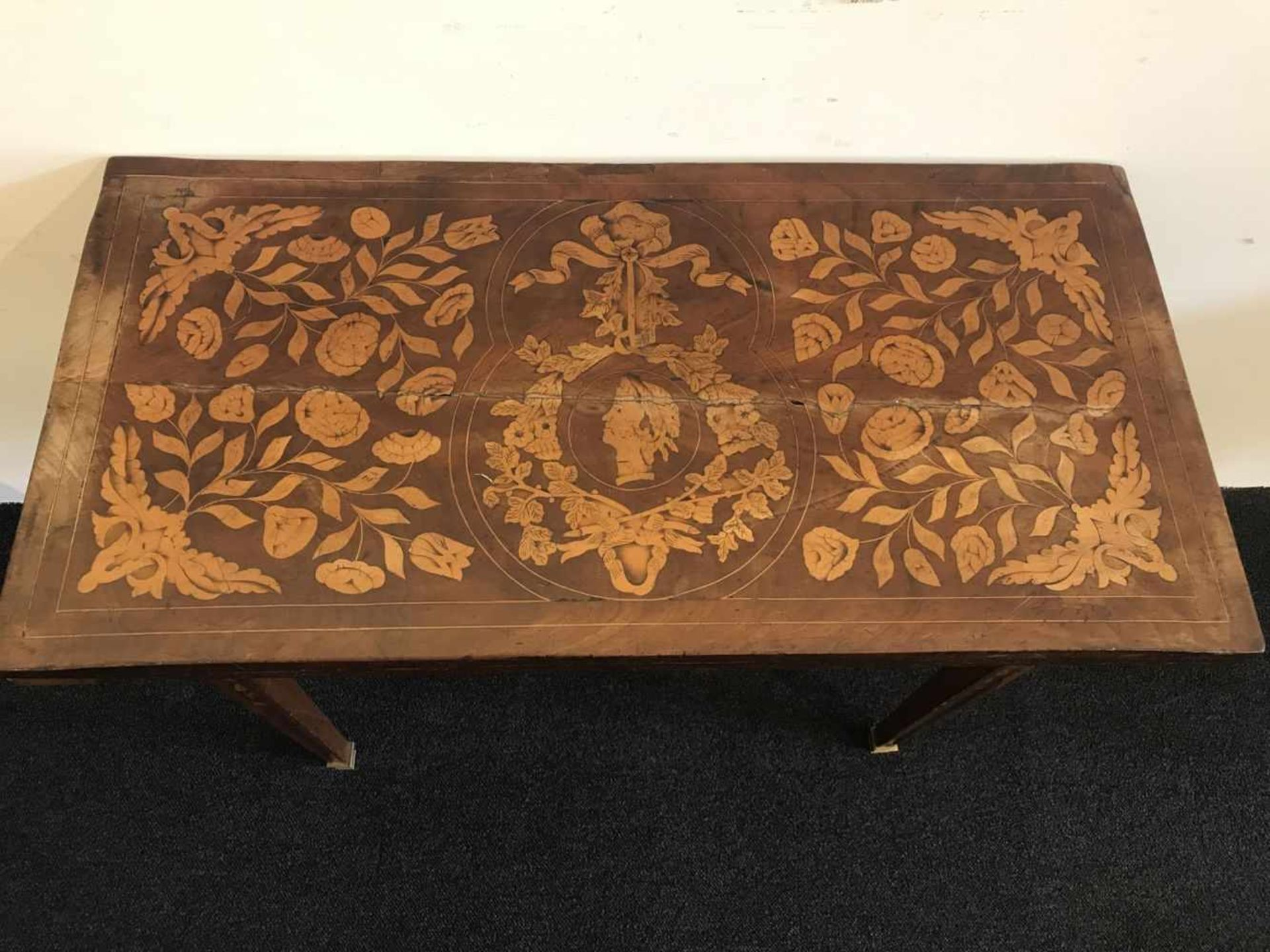 Los 99 - Card table foldable with marquetry