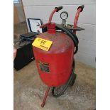 Central Pneumatic 68992 40 Lb. Abrasive Blaster