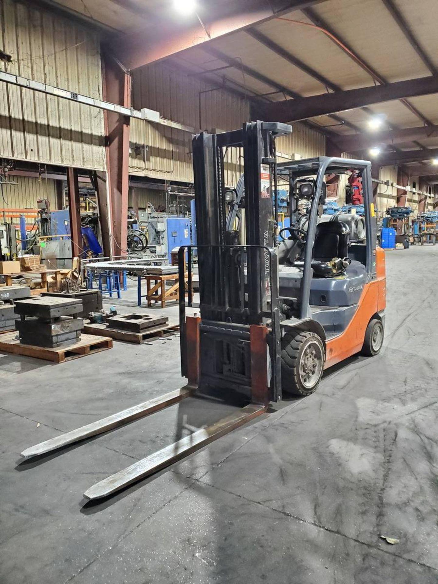 2015 Toyota 8FGCU30 LPG Forklift