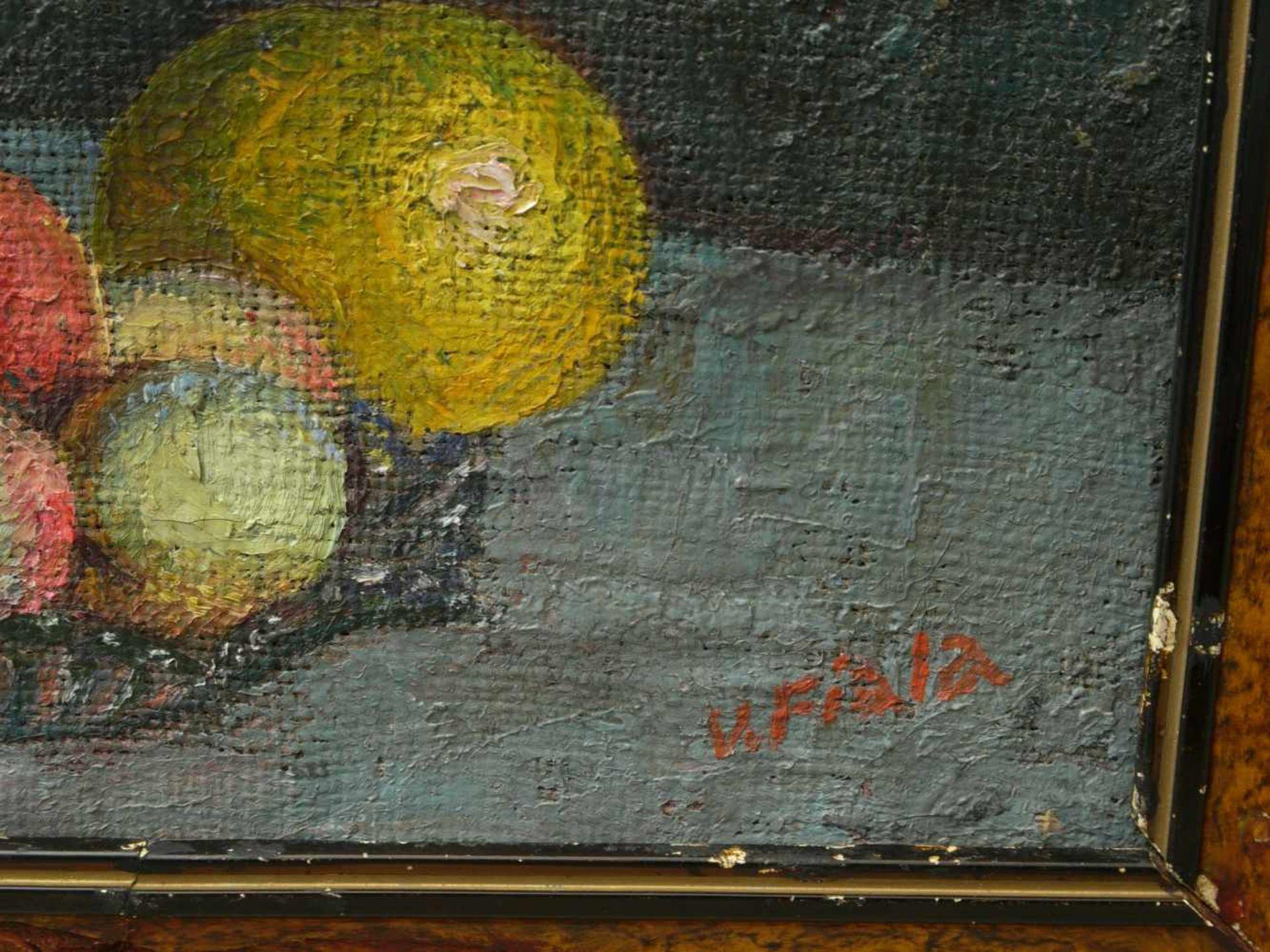 Fiala, Vaclav (1896-1980) - Stillleben mit Vase und FrüchtenAnsicht einer hohen, silbernen - Bild 5 aus 8