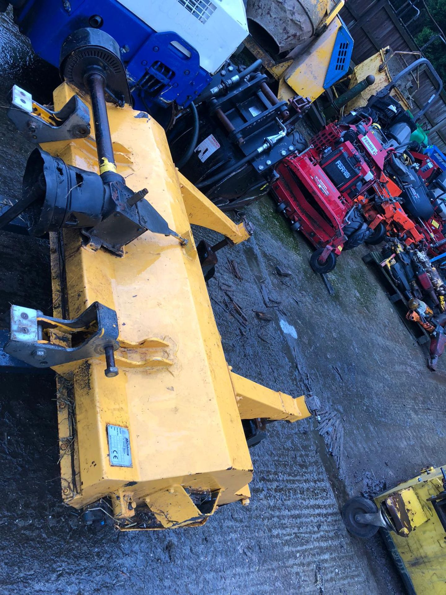 Lot 91 - MUTHING 140 FLAIL DECK, CAME OFF A 2015 JOHN DEERE 1570 WILL FIT JOHN DEERE 1545, 1445 KUBOTA & MORE