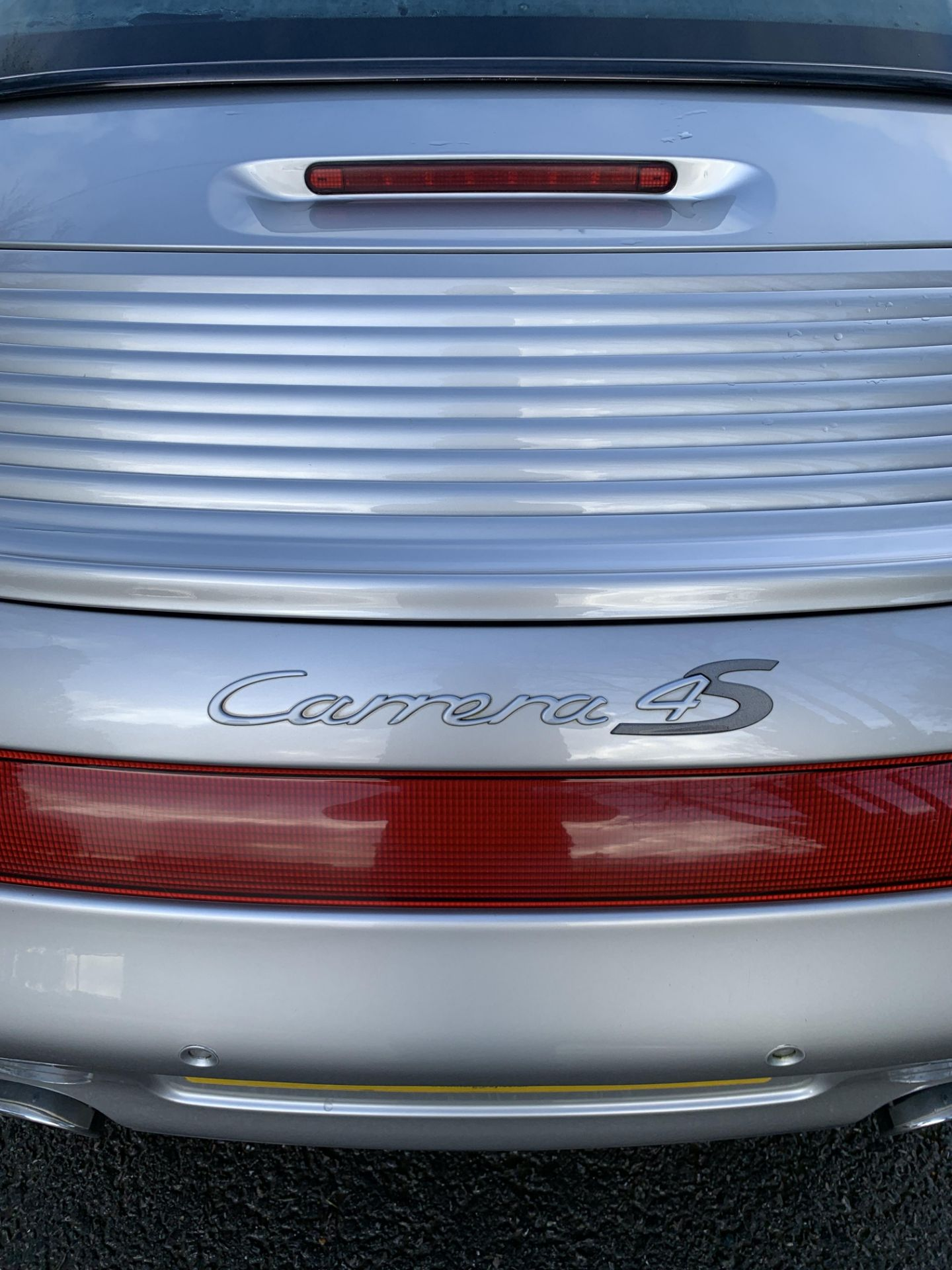 Lot 34 - 2003/53 REG PORSCHE 911 CARRERA 4S TIP S 3.6L PETROL SILVER CONVERTIBLE, SHOWING 3 FORMER KEEPERS