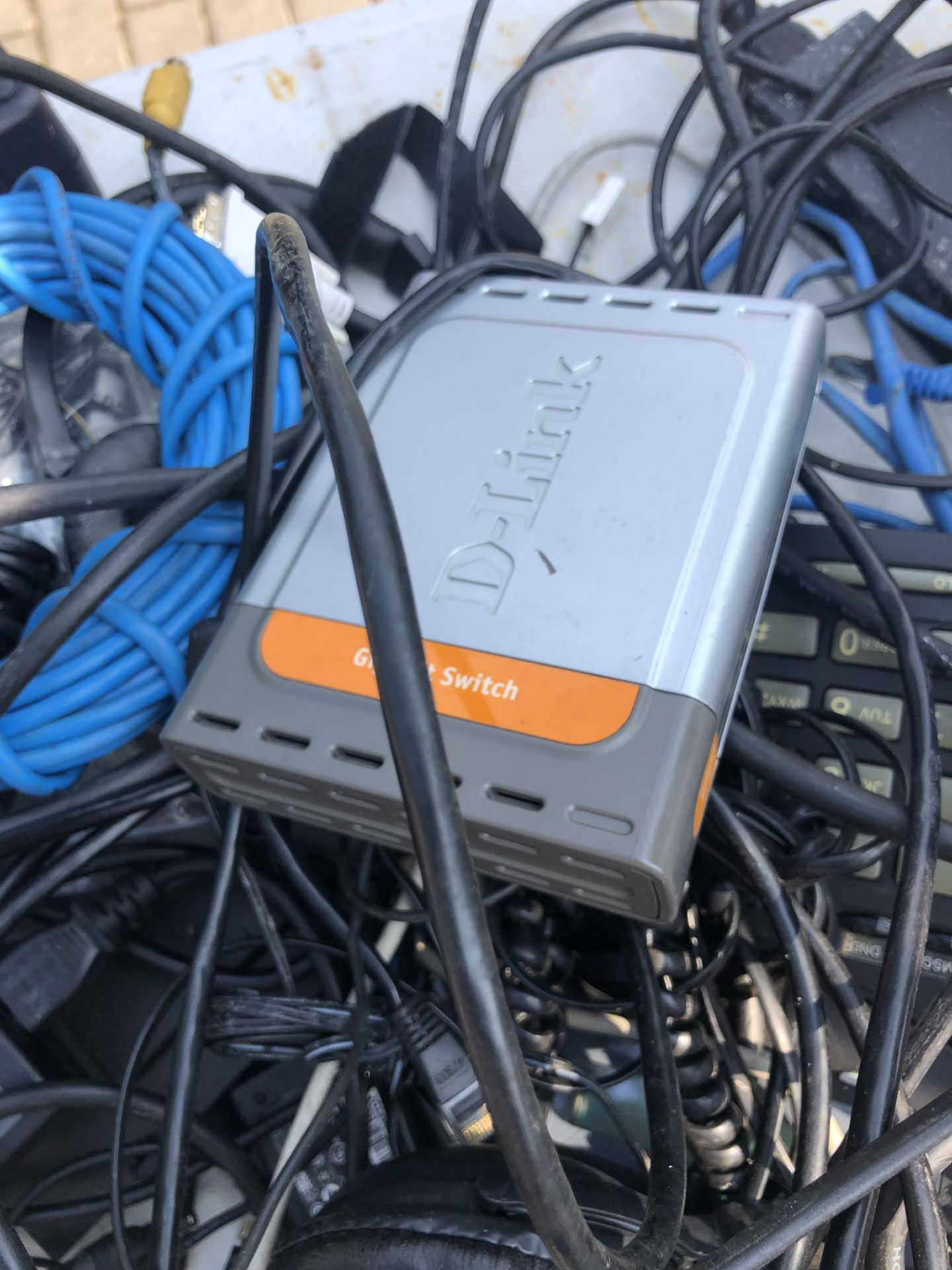 JOB LOT OF OFFICE EQUIPMENT INCLUDES PHONES MODEMS ETHERNET CABLES LAPTOP CHARGERS ETC - Image 5 of 5