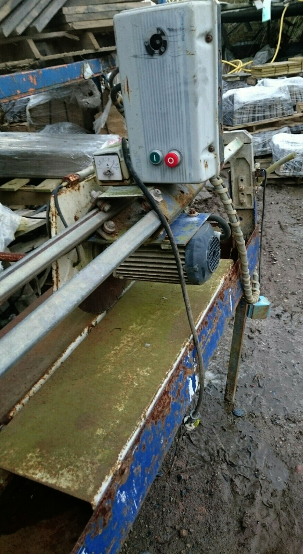 Lot 64 - DIAMANT BOART TS350L BRIDGE SAW FOR CUTTING TILES, STONE ETC 110V