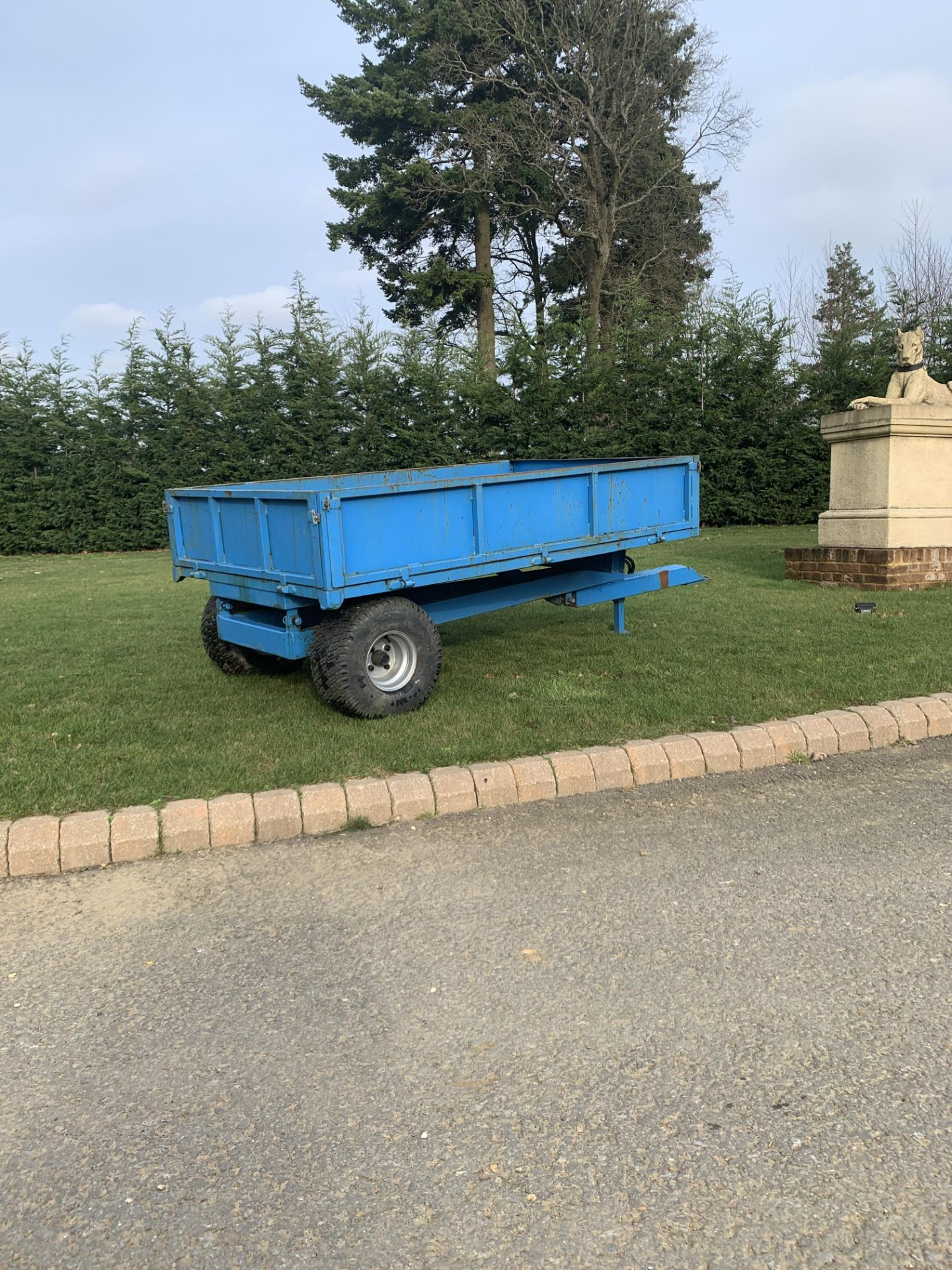Lot 29 - BLUE STEEL FRAME SINGLE AXLE TRAILER, 3 METERS LONG 1.6 METERS WIDE, GOOD SOLID CONDITION *PLUS VAT*