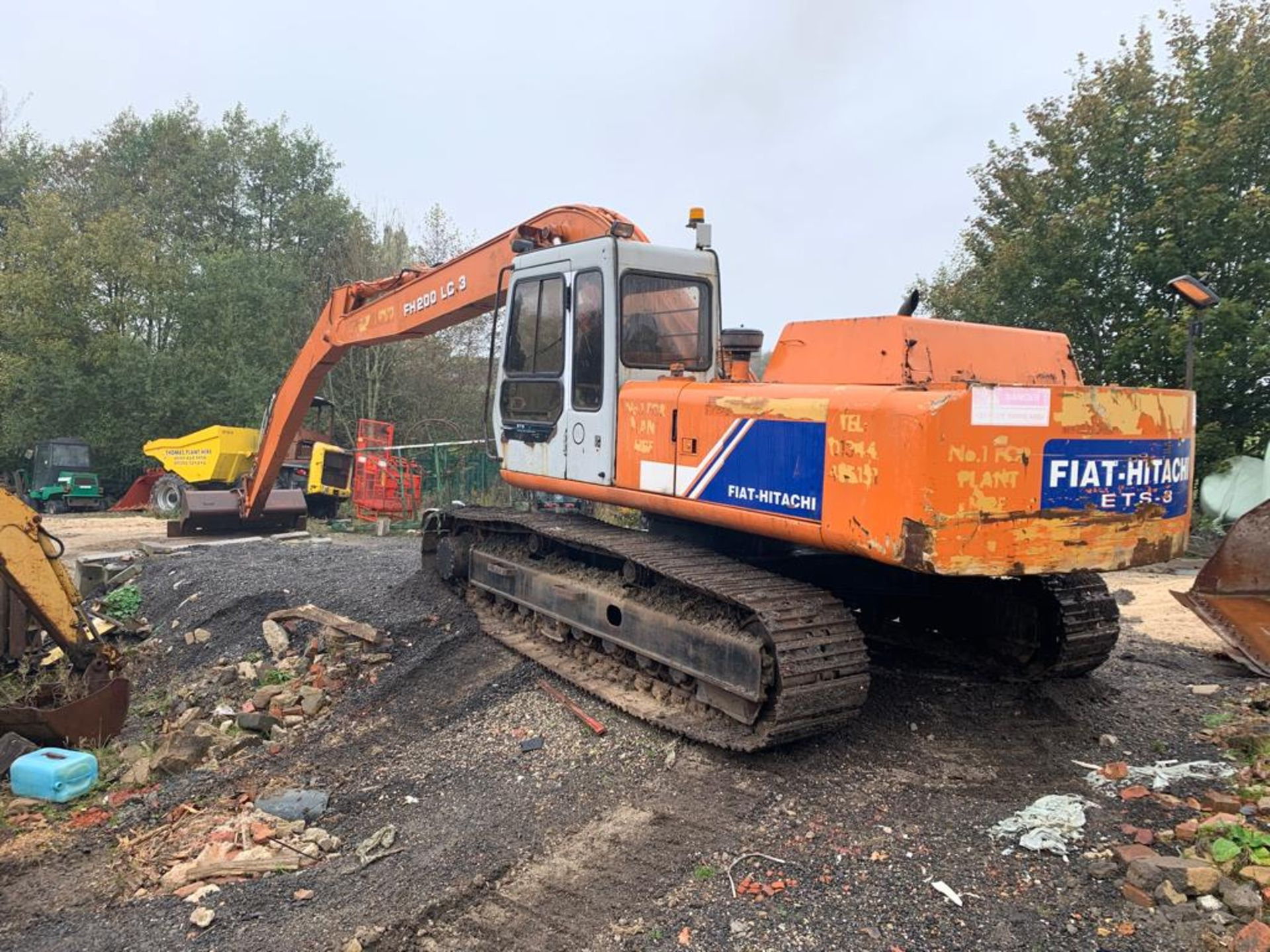 Lot 115 - FIAT HITACHI FH200 LC-3, 20 TON TRACKED CRAWLER EXCAVATOR LONG ARM / REACH, RUNS, WORKS AND DIGS