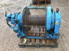AIR WINCH 5000 KG / 5 TON, UNTESTED BUT IS ALL THERE *NO VAT*