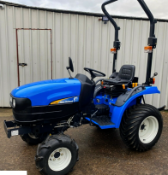 MINT 2010 NEW HOLLAND NH TC24D 4 X 4 368 HOURS ! MUST SEE !