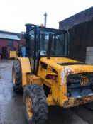 JCB 926 FORKLIFT (NEW SHAPE) C/W PERKINS DIESEL ENGINE, YEAR 2000, TRIPLE MAST, 4X4 *PLUS VAT*