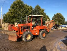 DITCH WITCH 7520 TRENCHER, SHOWING 1076 HOURS, RUNS, DRIVES AND WORKS *PLUS VAT*