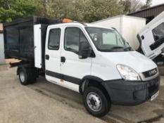 2010/60 REG IVECO DAILY 70C17 CREW CAB TIPPER EX-COUNCIL WITH SIDE BIN LIFT *PLUS VAT*