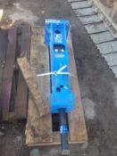 FRANZ GERMAN BUILT 3 TO 6 TON HYDRAULIC ROCK BREAKER NEW *PLUS VAT*